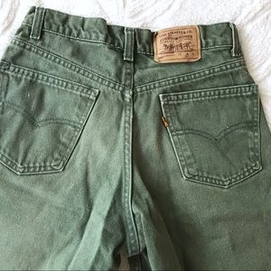 Levi 580 high waisted shorts